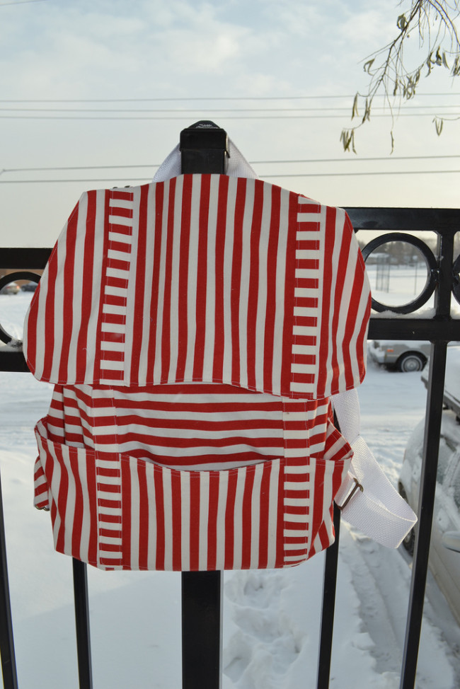 01-red-stripes
