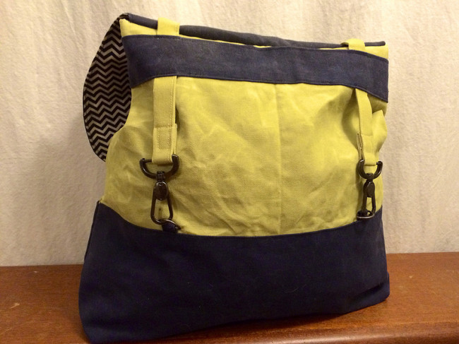02-yellow-grey